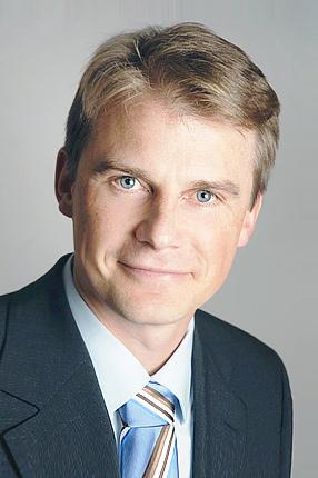 RRK-Zentrum-en – Henning Schrader